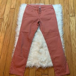 loft pair of salmon color skinny jeans size 30/10